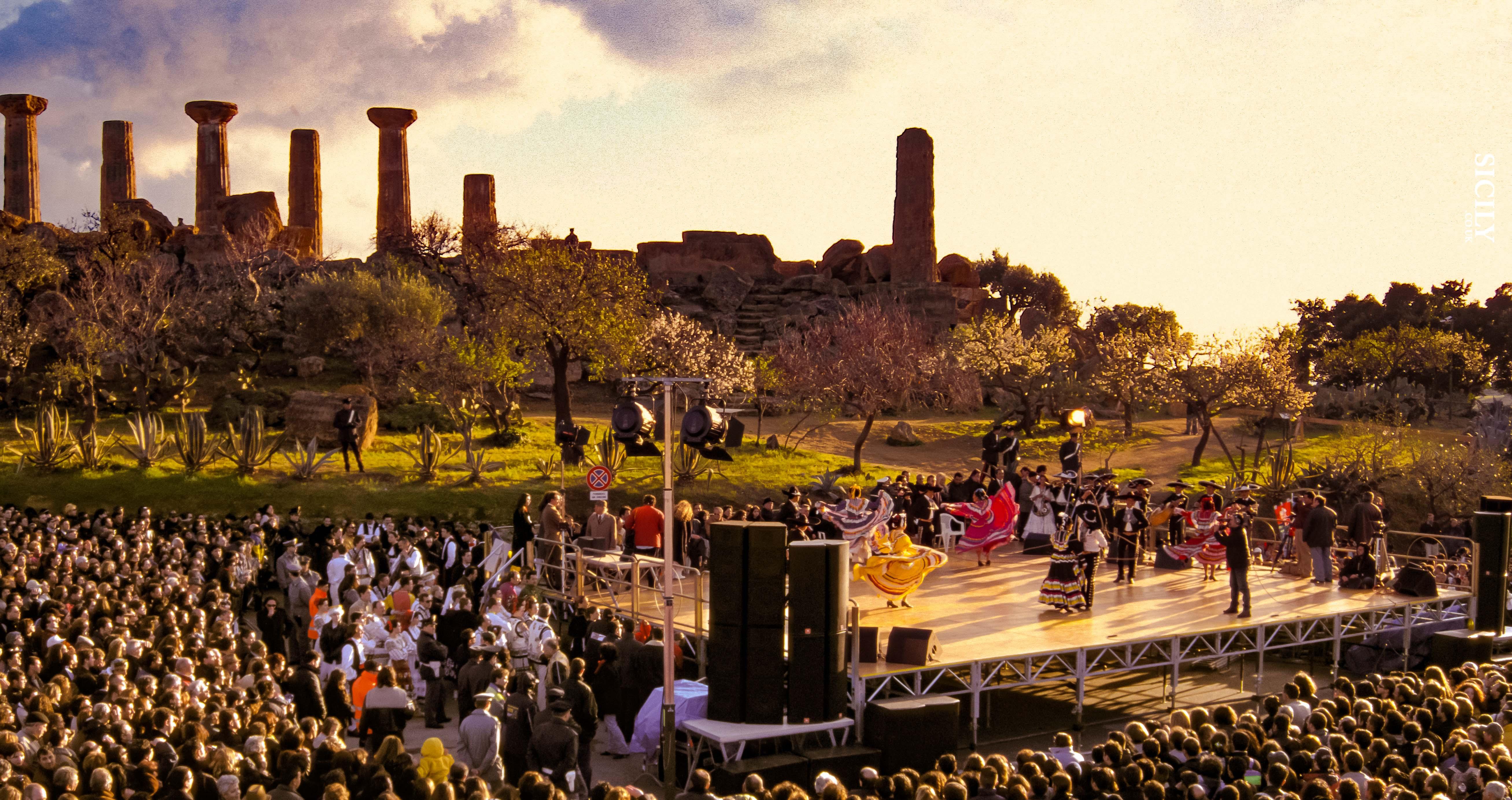 Sagra del Mandorlo in Fiore / The Almond Blossom Festival - Sicily