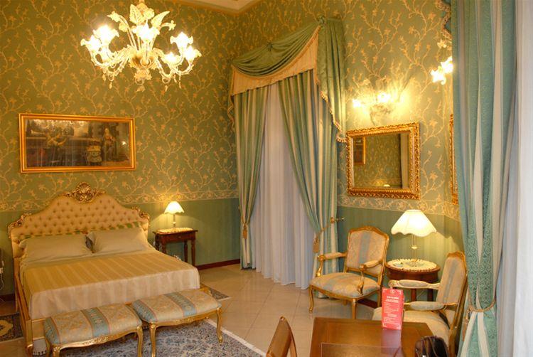 Hotel Romano Palace ★ ★ ★ ★ ★ - Sicily